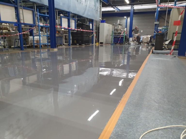 coating-plastics-factory-floor-ecodur